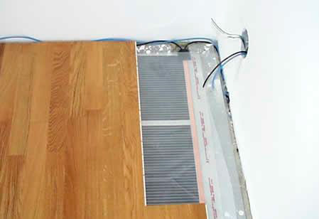 укладка напольного покрытия на термопленку